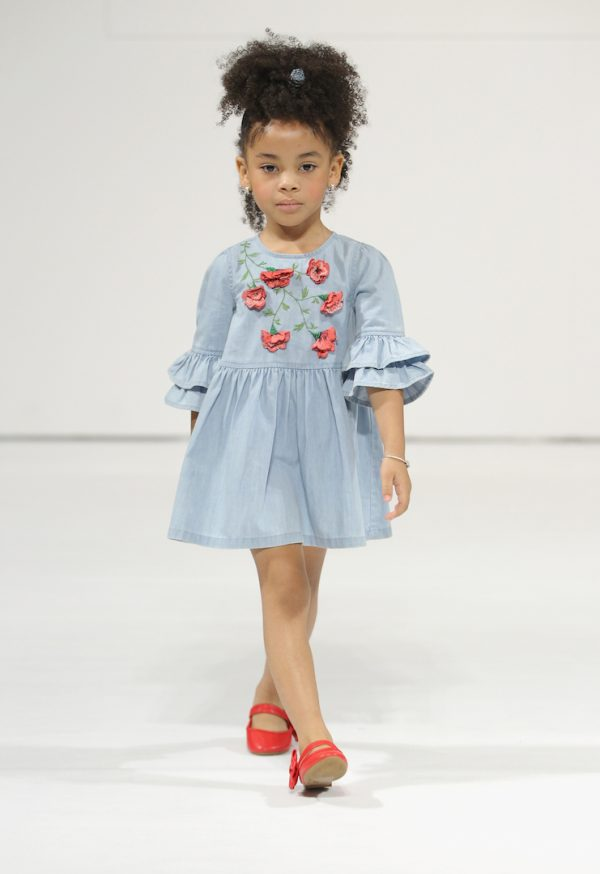 NEW YORK, NY - AUGUST 06:  A young model walks the runway for Blu and Blue collection during petitePARADE at Children's Club at Jacob Javitz Center on August 6, 2017 in New York City.  (Photo by JP Yim/Getty Images for petitePARADE)